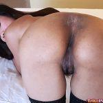 Horny amateur cum loving Pinay shows hot ass